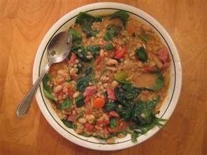 Winter white bean soup | Healthy...er. | Pinterest