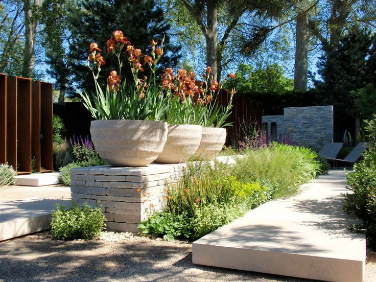 Andy sturgeon landscape and garden design for Garden consultant