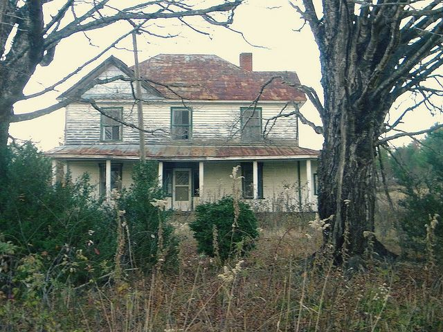 Real haunted house once upon a time pinterest for Pinterest haunted house