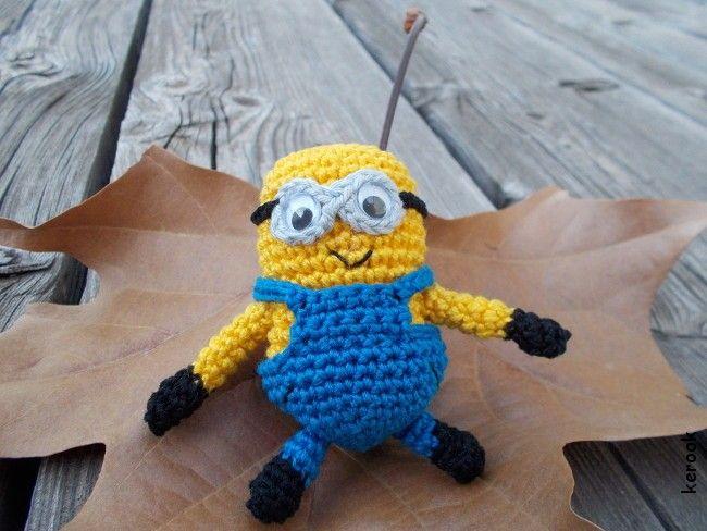 Amigurumi Crochet Definition : Amigurumi Minion Auto Design Tech