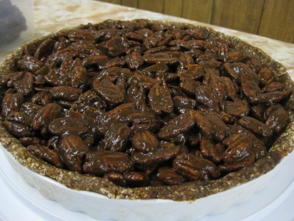 Raw Vegan Superfood Pecan Pie | Healthy Foodie Alternatives | Pintere ...