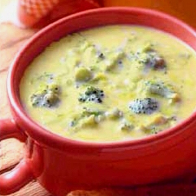 Broccoli cheddar cheese soup! Delish! | Food | Pinterest