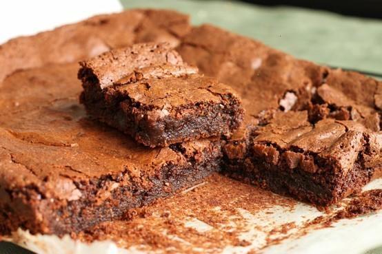 DEEP DARK CHOCOLATE FUDGE BROWNIES | dessert | Pinterest