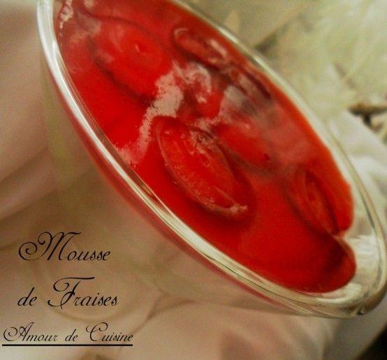 Mousse facile aux fraises recettes amour de cuisine for Amour de cuisine chez soulef