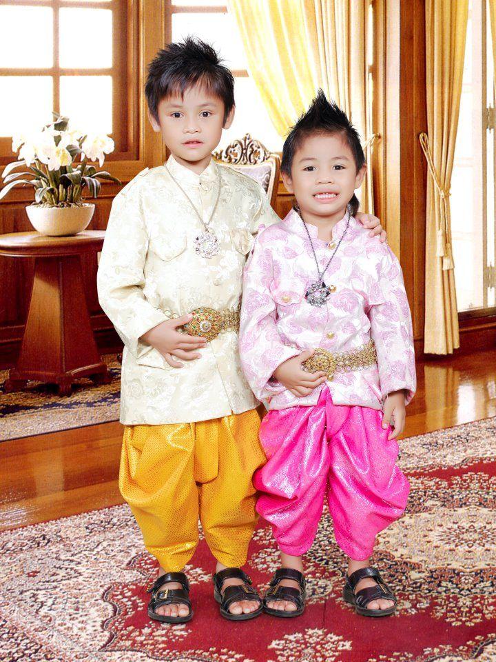 traditional Cambodian attire