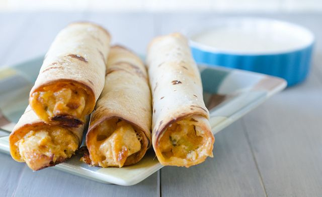 Baked Buffalo Ranch Chicken Taquitos with Blue Cheese Dipping Sauce ...