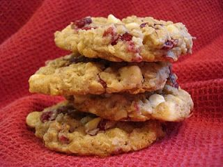 The Cookie Scoop: White Chocolate Cranberry Oatmeal Cookie..revisited!
