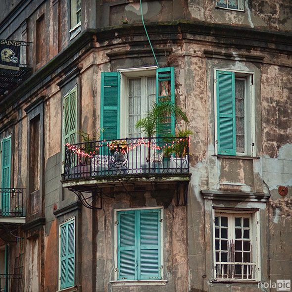 french quarter balcony new orleans pinterest