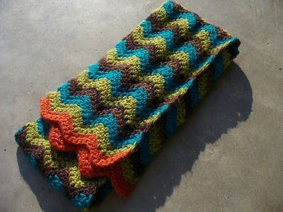 crocheted zig-zag scarf Crochet Time Pinterest