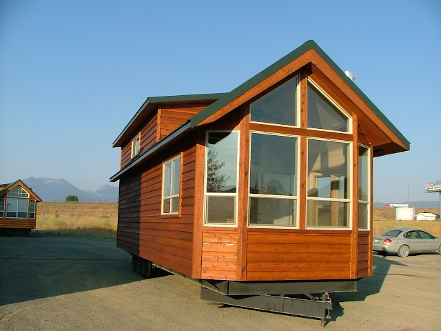 Rich 39 s portable cabins small house beautiful pinterest for Small portable homes