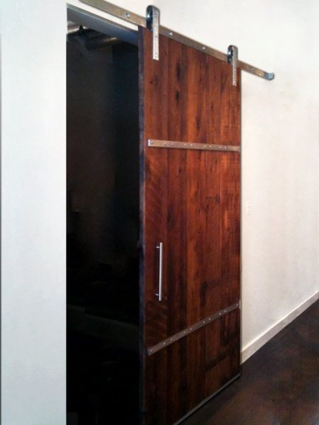 canadiansalvagedtimber.ca can make barn doors for us