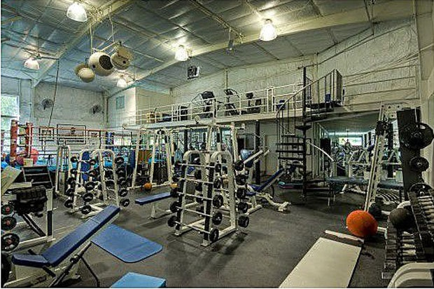 2 story gym inside house wouldn 39 t you want it pinterest for Two story house inside