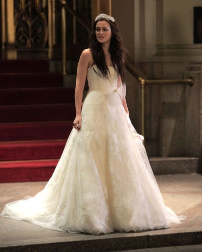 Pin blair waldorfs wedding dress with chuck bass pictures for Wedding dress blair waldorf