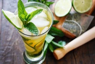Iced Green Tea Mojito — Recipe from Skinny Taste - just adding to my ...