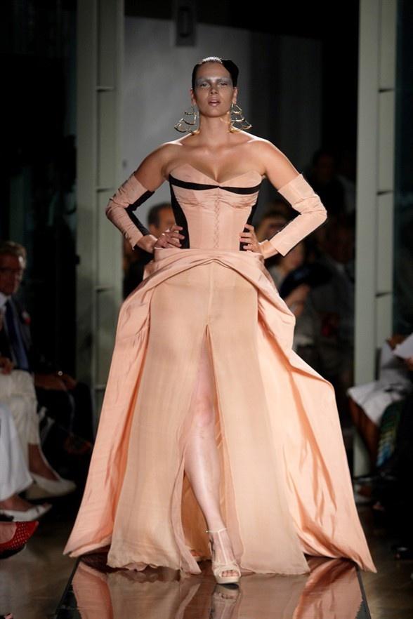 Curvy haute couture plus size fashion pinterest for Women s haute couture clothing