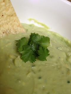 Creamy Avocado Yogurt Dip   Sounds Yummy!   Pinterest