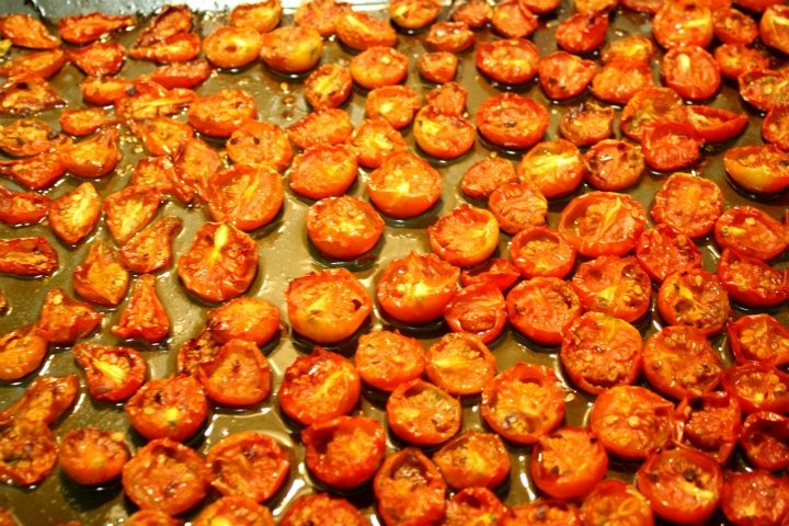 Oven dried tomatoes (ML) | PALEO & CROSSFIT | Pinterest