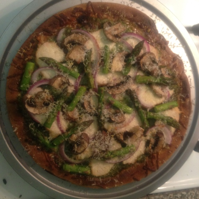 favorite pizza... Whole wheat dough, pesto, grilled chicken, red onion ...
