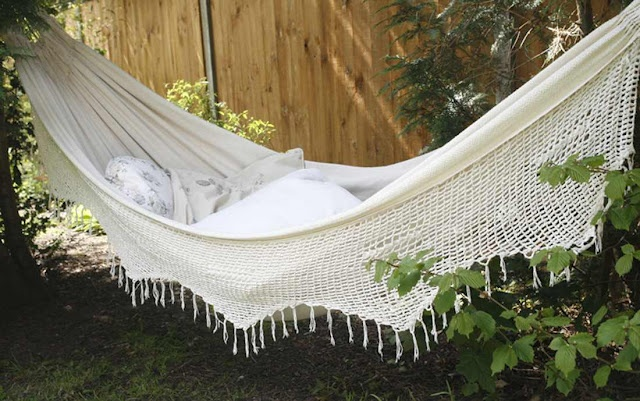 Vintage Backyard Ideas : Found on thegreengardengateblogspotcom