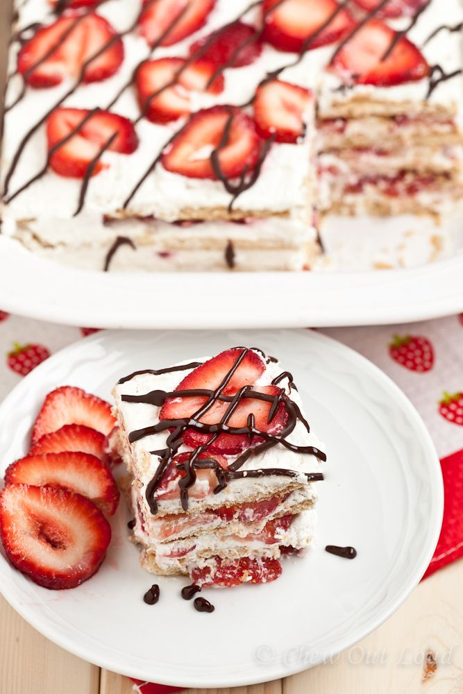 Strawberry Icebox Cake - looks like a perfect summer dessert!...was ...