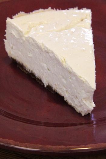 lemon cheesecake with gingersnap crust
