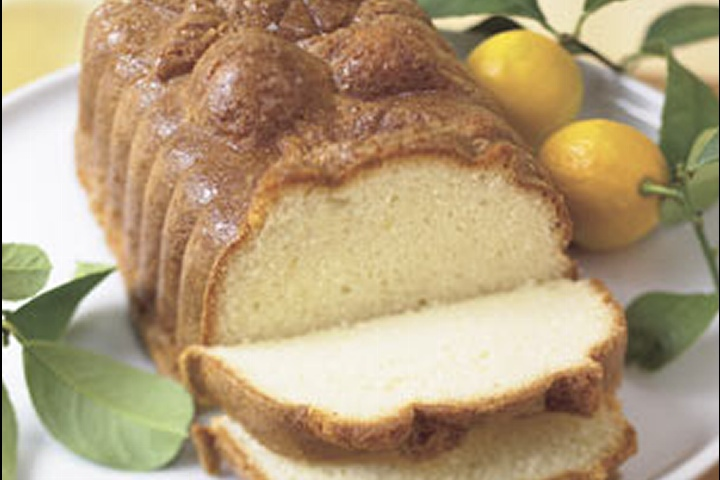 Easy Lemon Pound Cake