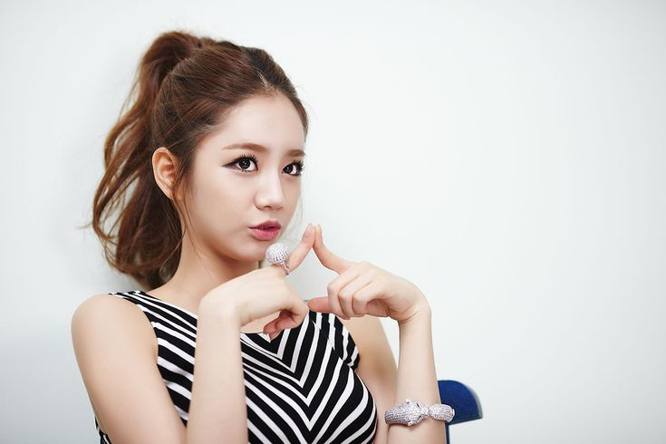 Girl's Day HyeR... Girl