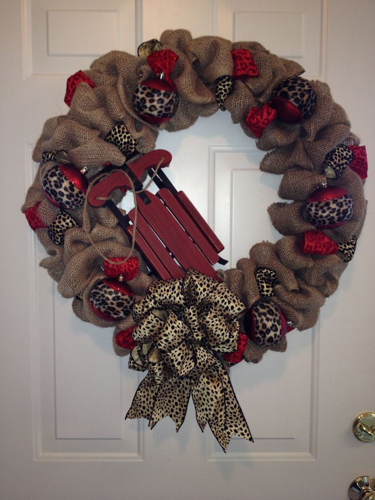 Burlap christmas wreath christmas decorating pinterest for How to decorate a burlap wreath for christmas