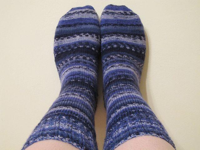 Beginner Crochet Patterns Slippers : Beginner Socks (Sport) Knit - Crochet: Socks, Slippers ...