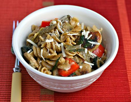 Whole wheat pasta with chicken sausage and green (or red) slow-roaste ...
