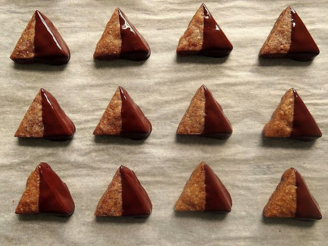Chocolate-Dipped Espresso Shortbread | Being a Bear Photos | Pinterest