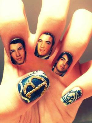 Jonas Brothers nails!