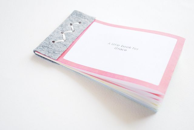 A minibook with drawing/writing space