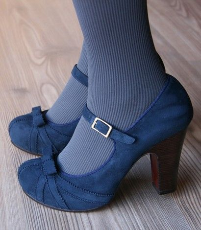 Onita (fall 2011) Blue Suede Shoes