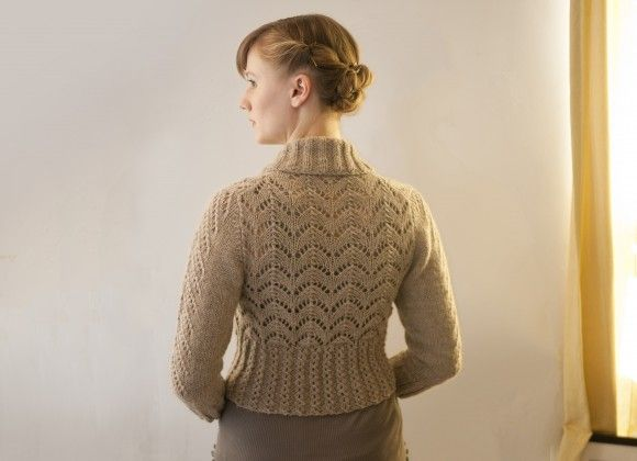 Beautiful lace back of Georgina Cardigan from Alexis Winslow of Knit Darling