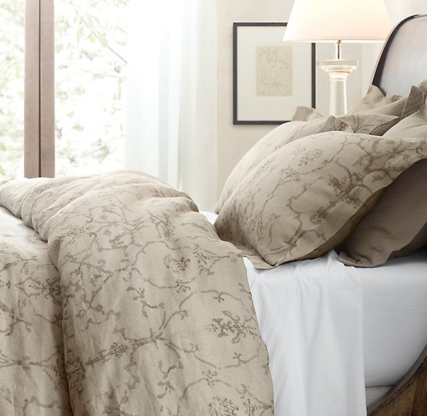 Pin by julie hungerford on decorate pinterest for Duvet covers restoration hardware