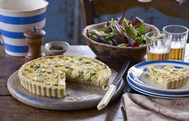 Crab and cheddar tart | Recipe