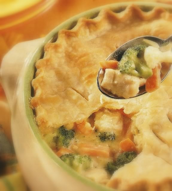 Easy Deep Dish Chicken Pie | Chicken recipes | Pinterest