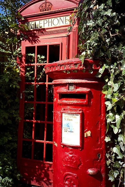 how to build an old english phone booth