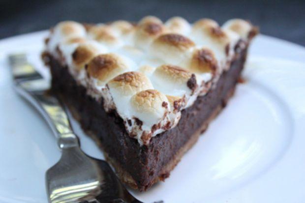 Dark Chocolate S'mores Pie | Desserts | Pinterest