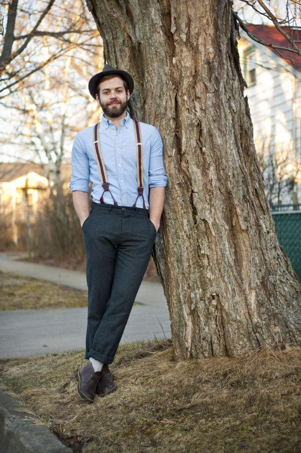 blue oxford shirt and suspenders for a country look