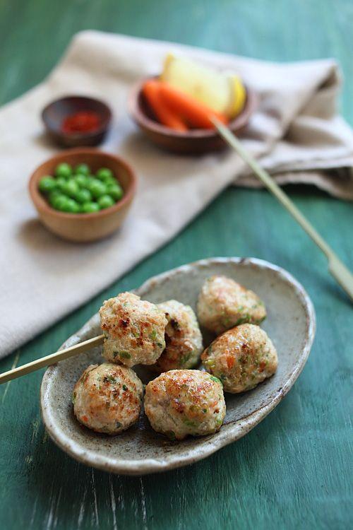 Juicy Chicken Meatballs Recipe | http://rasamalaysia.com