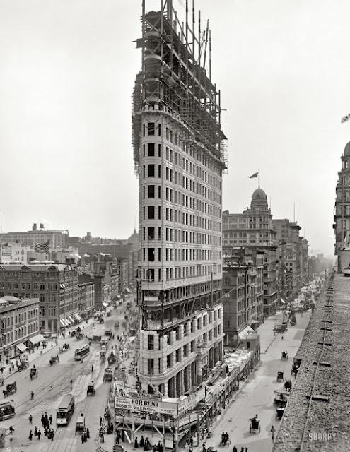 Flatiron Building, New York. The Manhattan landmark under construction circa 1902.