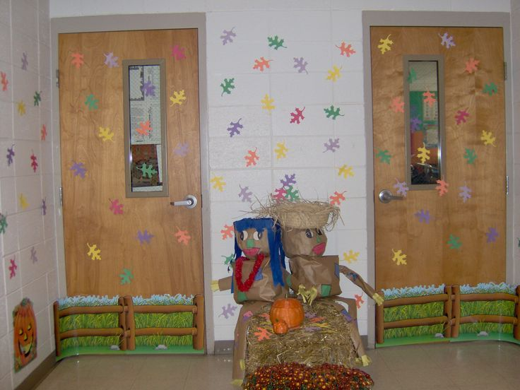 Fall classroom door decoration classroom door ideas for Autumn classroom decoration
