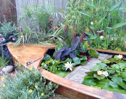 Top boat theme decor ideas garden of life pinterest for Theme garden ideas
