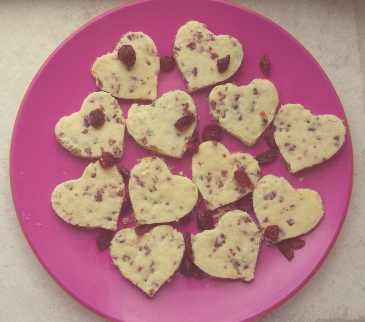 An easy recipe for Dried Cranberry Shortbread Cookie Hearts! Great ...