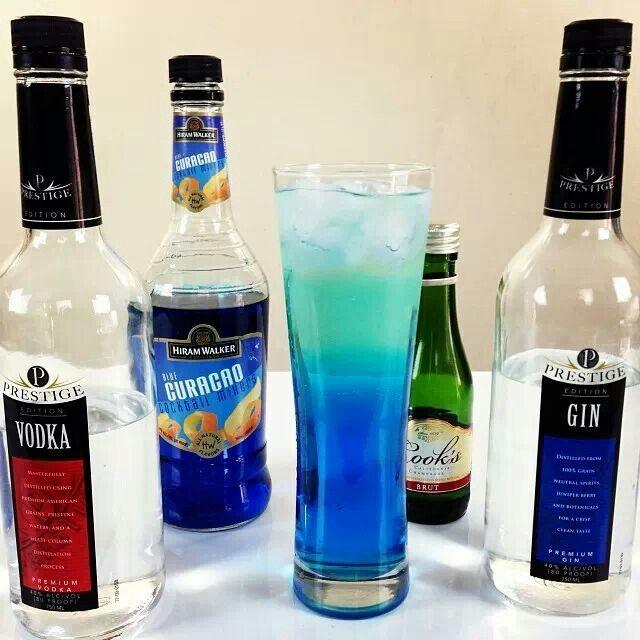 Blue iced tea alcohol drinks pinterest for Drinks with iced tea