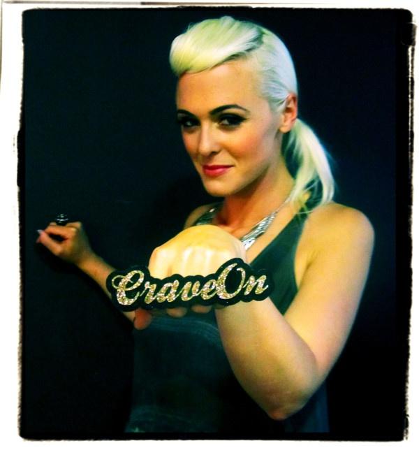 KOVAK front woman Annelies de Velde Twitter / Recent images by @craveonmusic