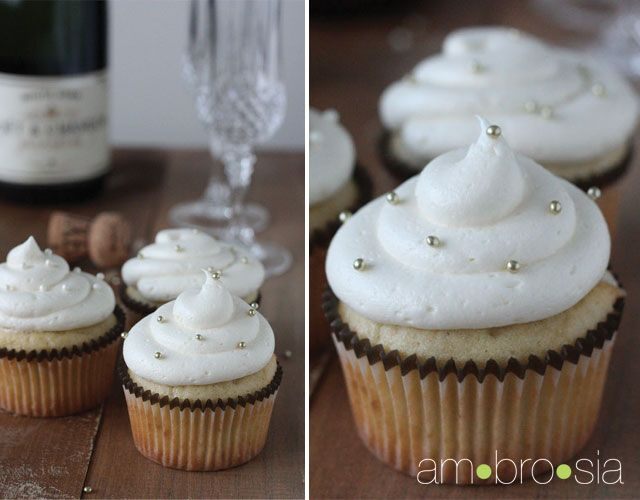 Champagne Cupcakes with Champagne Buttercream frosting