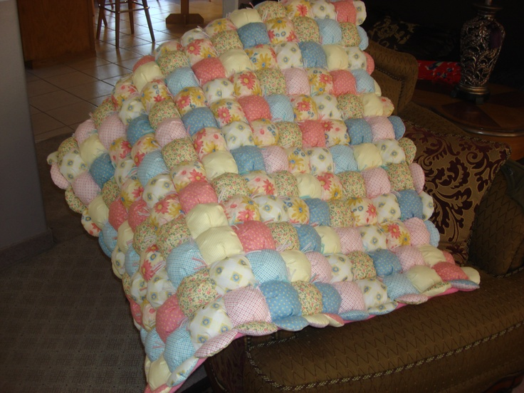 Free Pattern For Baby Puff Quilt : puff baby quilt Baby quilts Pinterest